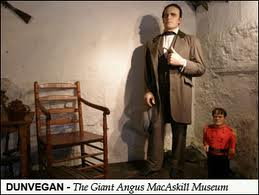 The Cape Breton Giant with General Tom Thumb.