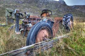 Tractor Decaying at Nostar