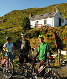Cyclists arriving Rhenigidale web